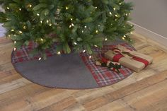 Anderson Christmas Tree Skirt