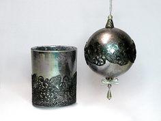 Pentart dekor: Karácsonyi gömb tükör permetfestékkel Peridot, Candle Holders, Candles, Peridots, Porta Velas, Candy, Candle Sticks, Candlesticks, Candle