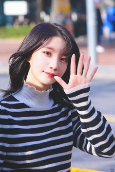 "Purple Moment on Twitter: ""191103 서울마라톤  #오마이걸 #OHMYGIRL  #비니 #BINNIE #배유빈 @WM_OHMYGIRL… "" Kpop Girl Groups, Korean Girl Groups, Kpop Girls, Rapper, Ailee, New Theme, K Idols, Supergirl, South Korean Girls"