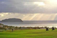 Porto Santo is a golfing paradise | 7 reasons you book a holiday on Porto Santo | Weather2Travel.com #portosanto #madeira #travel #holiday #golf