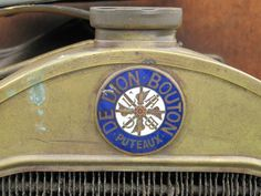 De Dion Bouton radiator badge