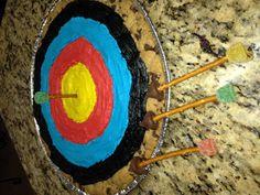 Archery Cookie Cake & Edible Pretzel Arrows for Cub Scout Blue & Gold Banquet.