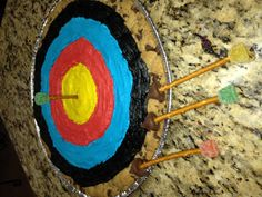 Archery Cookie Cake & Edible Pretzel Arrows for Cub Scout Blue & Gold Banquet.