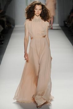 Jenny Packham Spring 2014 Ready-to-Wear Collection Slideshow on Style.com