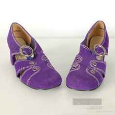 Purple Suede Shoes with Chunky Heel Mod Vintage by Bethlesvintage, $40.00