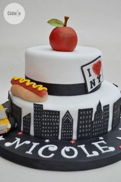 New York Birthday Cake with The Big Apple Cake Topper