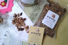Title: Granola Pouch Posted By: Exoly Content:  Granola Pouch  Granola adalah makanan ringan dengan kandungan tinggi serat dan tinggi kalori menjadikannya salah satu pilihan tepat untuk camilan sehat bagi Anda yang super sibuk. Granola terdiri dari gandum utuh biji-bijian kacang-kacangan buah-buahan kering dan madu.  Dengan kemasan pouch sehingga mudah untuk dibawa-bawa.  Untuk informasi dan pemesanan silahkan jangan ragu-ragu untuk menghubungi Exoly.  Filed under: Blog Tagged: bali camilan…