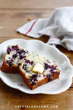This recipe is modified from Joanna Gaines blueberry bread recipe. This is a very easy quick bread recipe to make that require no bread machine. Blueberry Cream Pies, Blueberry Bread Recipe, Tasty Bread Recipe, Blueberry Recipes, Blueberry Loaf, Bread Maker Recipes, Quick Bread Recipes, Yummy Recipes, Cheesecake Recipes