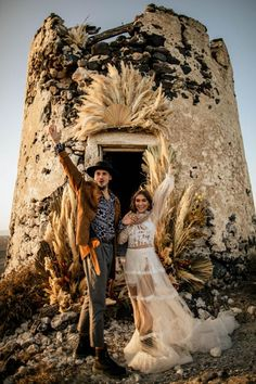 Western details merge with the Yolancris boho bride in a folk inspired photoshoot signed by wedding photographers Chris & Ruth. Elope Wedding, Boho Wedding Dress, Wedding Dresses, Wedding Aisles, Wedding Ceremonies, Wedding Decor, Wedding Reception, Santorini Wedding, Greece Wedding