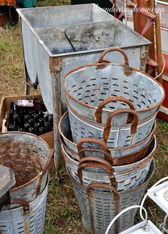 Great Finds The Endearing Home — Restyle, Repurpose, Reorganize Galvanized Decor, Galvanized Buckets, Galvanized Metal, Vintage Love, Vintage Decor, Rustic Decor, Olive Bucket, Metal Tins, Rusty Metal
