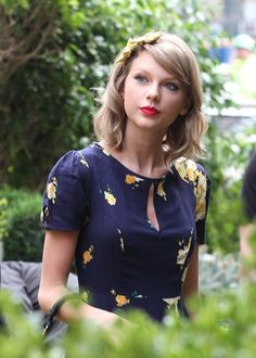 Taylor Swift — I do like her with short hair.