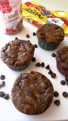 Skinny Chocolate Biscoff Muffins