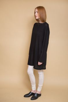 From Can Pep Rey an Oversized LongSleeve in the softest, semi-stretchy sheer material. Features includeoverlock stitching, bounded neckline and loose, stre...