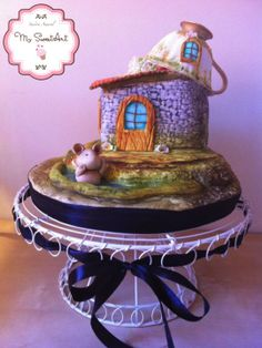 Mouse House Cake