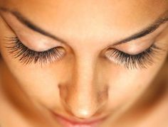 Do Eyelashes Grow Back? Want Longer Eyelashes? All of these questions are answered with the help of the best eyelash growth products. Read to find out how. Make Eyelashes Grow, Thicker Eyelashes, Longer Eyelashes, Thick Lashes, Long Lashes, Natural Lashes, Best Eyelash Growth, Eyebrow Growth, Mascara Brush