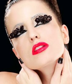 Lace fake eyelashes!