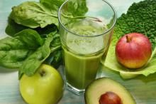 Juice Plus+ provides whole food based nutrition to promote a balanced diet to ensure you get enough servings of fruits, vegetables & grains. Green Drink Recipes, Green Smoothie Recipes, Healthy Smoothies, Green Smoothies, Superfood Smoothies, Smoothie Detox, Healthy Drinks, Juice Plus, Raw Juice