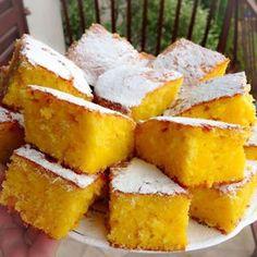 Sočan kolač i vrlo jednostavan… Sastojci 3 naranče 3 jaja 300 gr šećera 250 gr brašna 100 gr rastopljenog maslaca…  more →