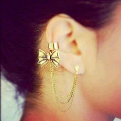 The Earring Cuff Thingy