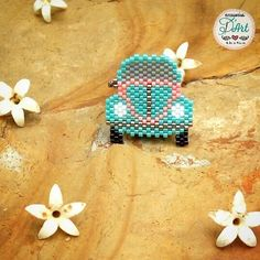 VW beetle Best Picture For Insects cartoon For Your Taste You are looking for something, and it is going to Seed Bead Projects, Beading Projects, Bead Loom Bracelets, Bracelet Crafts, Peyote Patterns, Beading Patterns, Native Beadwork, Peyote Beading, Beaded Jewelry Patterns