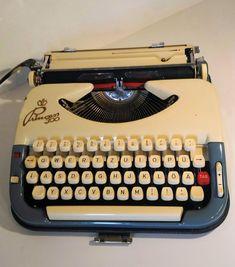 611 Best Vintage Typewriters images in 2018 | Vintage