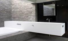 Moderne design badkamer www.waterenvuurbadhuis.nl