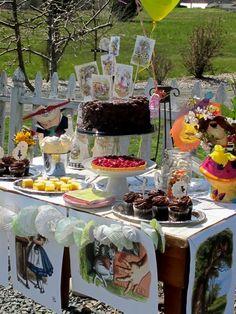 Alice in Wonderland party -Design Dazzle