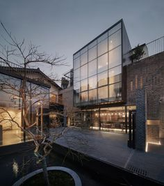 Stay At: Yu Hotel - Shanghai, China - Design Finder Architecture Architecture Design, Hotel Architecture, Architecture Magazines, Classical Architecture, Beautiful Architecture, Design Hotel, House Design, Luxury Boat, Minimalist Home