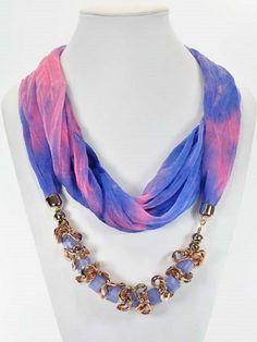 Look : foulard bijoux collier sautoir femme fantaisie multicolore perles-mailles-maillon Scarf Necklace, Ribbon Necklace, Fabric Necklace, Scarf Jewelry, Old Jewelry, Fabric Jewelry, Boho Necklace, Beaded Jewelry, Jewelry Necklaces