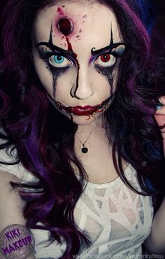 Strong make-up look. We like this at www.halloweenmake-up.co.uk