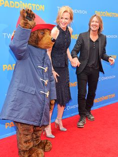 Star Tracks: Monday, January 12, 2015 | UN'BEAR'ABLY CUTE | Paddington Bear shares the red carpet with Nicole Kidman and husband Keith Urban at the premiere of Paddington in L.A. on Saturday.