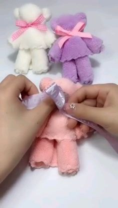 DIY teddy bear - hristmastwineornament The Effecti - Kids Crafts, Diy Crafts Hacks, Diy Crafts For Gifts, Diy Home Crafts, Craft Projects, Sewing Projects, Paper Crafts, Bear Crafts, Bunny Crafts