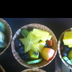 Logan's healthy birthday treats for preschool: waffle bowls filled with banana, apple, kiwi, strawberry, grapes, blackberries, pineapple, and star fruit. Preschool Birthday Treats, Healthy Birthday Treats, Party Treats, Healthy Treats, Yummy Treats, Yummy Food, Lego Birthday, Birthday Stuff, Birthday Ideas