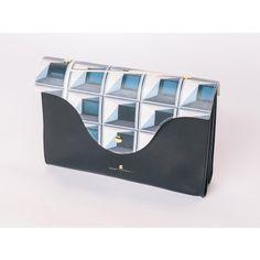Ces accessoires qu'on va aimer porter l'hiver prochain - Elle Shopping, Madame, Purse, Bags, Winter, Bijoux