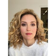 Make up manilla