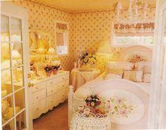 Pink Perfection - Laura Bishop Cottage - Bedroom