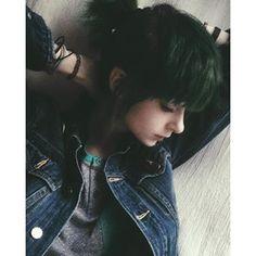 She is so pretty <3