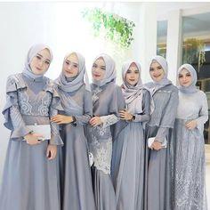 Inspired by cute silver hijab look Kebaya Hijab, Hijab Gown, Hijab Dress Party, Hijab Style Dress, Kebaya Dress, Dress Pesta, Dress Outfits, Kebaya Modern Hijab, Hijab Trends
