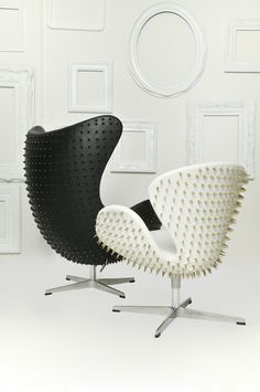 don't know if I've ever wanted something as much as I want this egg chair in black! Spiked Scandinavia From Fred Lives Here. Love this re design of the Swan and Egg chairs Funky Furniture, Design Furniture, Chair Design, Classic Furniture, Interior Architecture, Interior And Exterior, Interior Design, Console Design, Modern Interiors