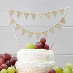 Just Married Vintage Cake Bunting now with 20% off in the Wedding Ideas Shop
