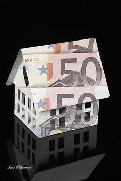 Asuntolainan symbolikuva.Mortgage symbol image Photo Ismo Pekkarinen. #symboli #talous #symbol #economic