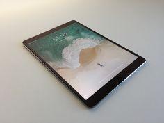 Un iPad Pro 10,5'' puissant ! Premier aperçu de la version 2017 de l'iPad Pro avec un tout nouvel écran bluffant. Présentation de plusieurs accessoires.