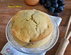 TORTA MORBIDA ALL'UVA , una magnifica torta soffice e profumata.L'uva un frutto autunnale molto usato nella preparazione di dolci come torte,muffin....