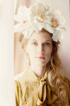 Buenos Aires based designer Rigoberta del Tesouro hair accessories