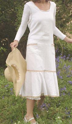 Flower Picking Pinny 1930s apron dress PDF pattern by VerityHope