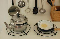 mint play kitchen - trivets as stove burners