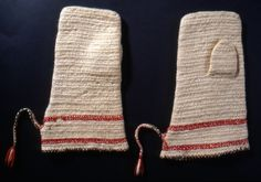 Nalbound mittens, Koivisto, Finland. Prior to 1893. Length 27.5 cm, width 11.5-17 cm
