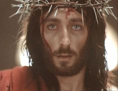 The world crowned Jesus with thorns