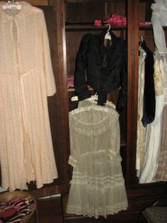 Helen Keller's Clothes