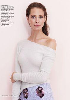 Vogue UK Julho 2014 | Christy Turlington por Patrick Demarchelier